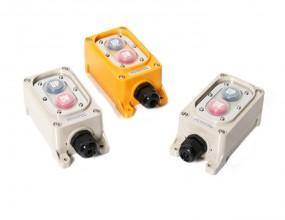 특징(Features)    1. 방우형 구조이며 일반 자동화 기계 상,하 개폐 동작으로 사용 할 수 있습니다. 2. 접점 블록은 1a-1a, 2a-2a 기본으로 설계 되었습니다. 3. 방우형 구조로 설계되어 연직 60도 범위에서 유해 영향없이 안전하게 사용 가능        성능(Specification)           항목(List)     윙바디 스위치(Wing-body switch)           정격(Rating)     6A 250VAC           접점(Contact)     AgSnO2           절연저항(Insulation resistance)     100㏁ 이상(min)           내전압(Dielectric strength)     1,500V AC 1분간(min)           재질(Quality material)     고충격 ABS(High impact ABS)           사용주의온도(Temperature range)     -15℃ ~ +45℃           사용주의습도(Humidity range)     45 ~ 85% RH          외형 및 도면(External form & Drawing)           SW-50B(1a-1a)                              SW-50D (2a-2a)